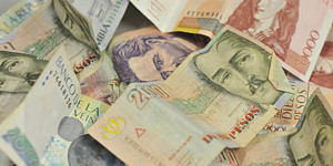 20140219_billetes_descontaminan